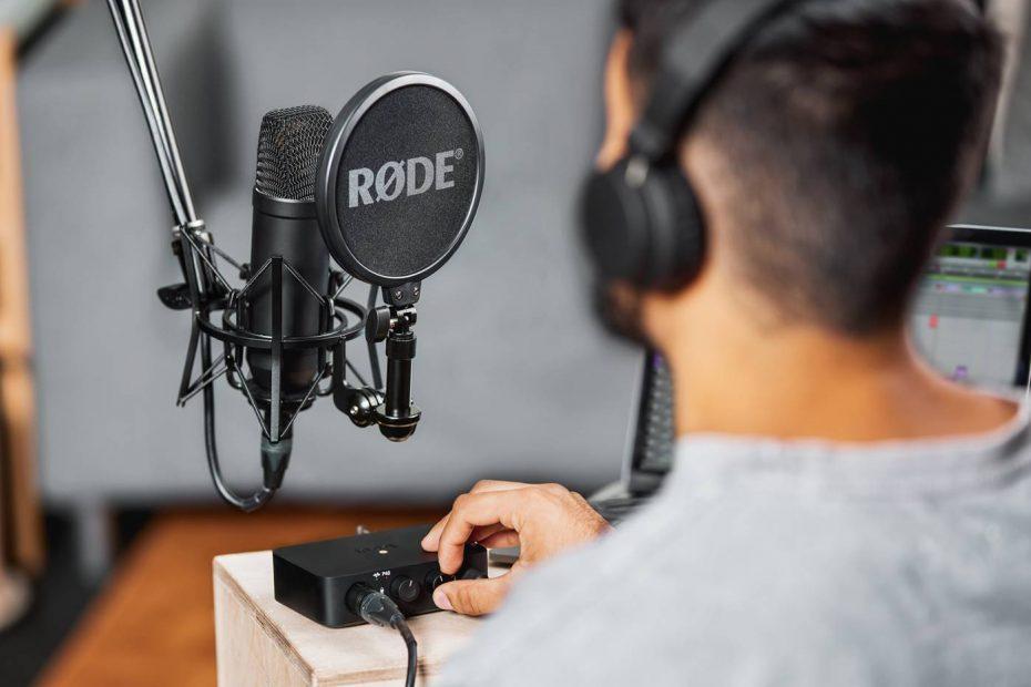 The Best Microphones for Home Studio